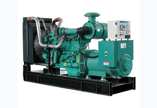 明邦500kw康明斯发电机在常德公园世家小区成功安装!