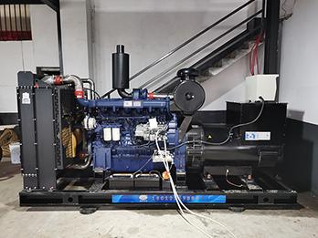 湖南中陶瓷业350kw玉柴发电机安装视频